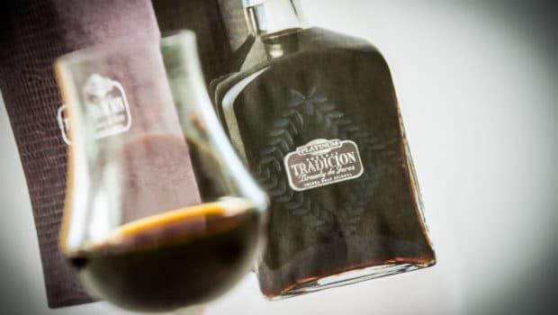 Brandy: Brandy Solera Gran Reserva 'Platinum' (Tradición)
