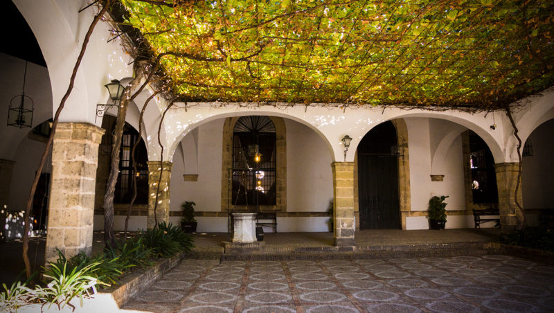 Visiting bodegas lustau sherrynotes for Calle prado jerez 3 navacerrada