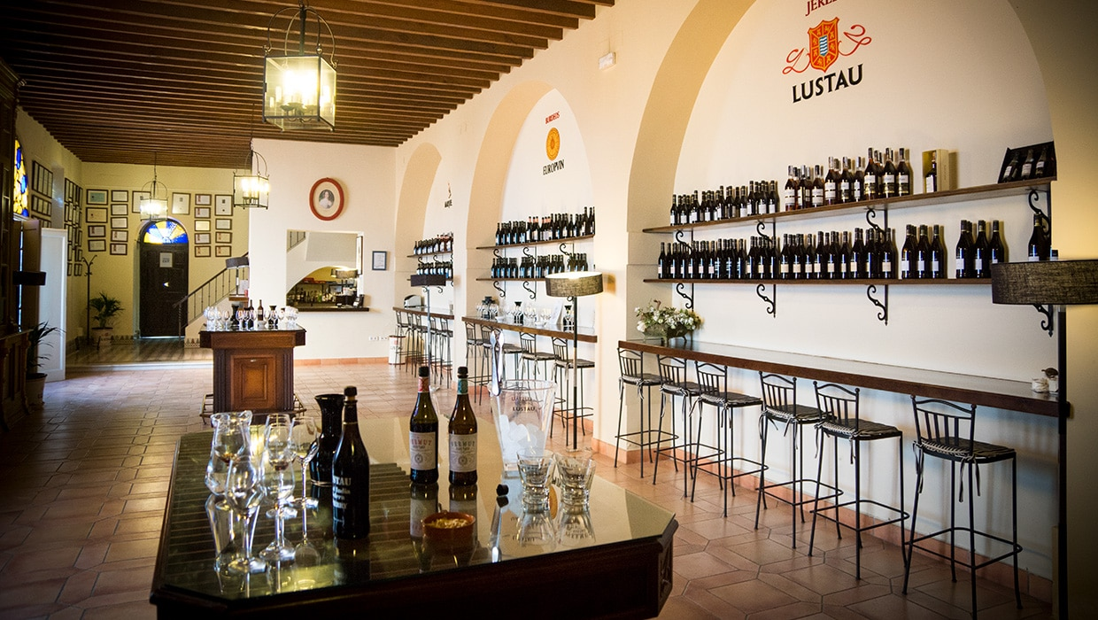 Bodegas Lustau - wine shop