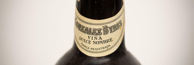 Viña Dulce Nombre neck label