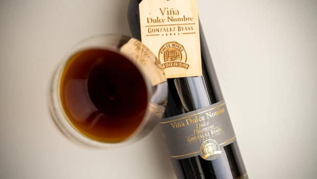 Cream: Vina Dulce Nombre 2|8 vs 1960 (González Byass)
